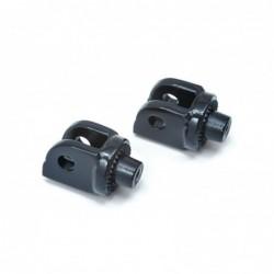 Czarne adaptery podnóżków i...