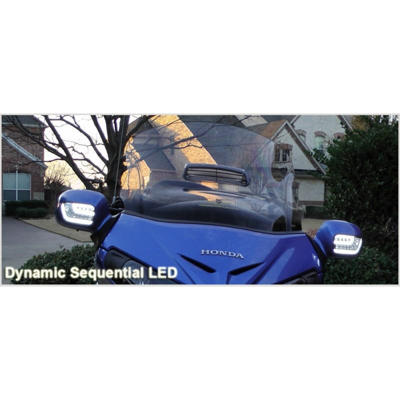 Białe sekwencyjne kierunkowskazy ze światłami dziennymi - Honda Goldwing 1800