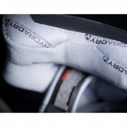 Kask motocyklowy ICON Airmada Rubatone - zapięcie kasku
