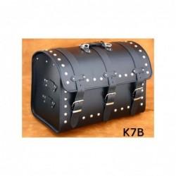 Motocyklowy kufer centralny z ćwiekami / SA-K7B