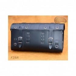 Duży centralny kufer z zamkiem ćwiekami i frędzlami / SA-K16C - tył