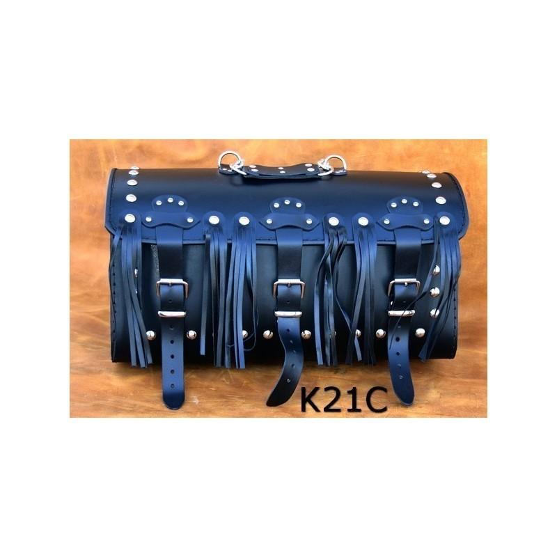Kufer centralny z 3 klamrami i ozdobnymi frędzlami / SA-K21C